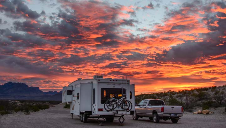 04-721-RV-Boondocking-and-camping-in-Big-Bend-National-Park-Texas